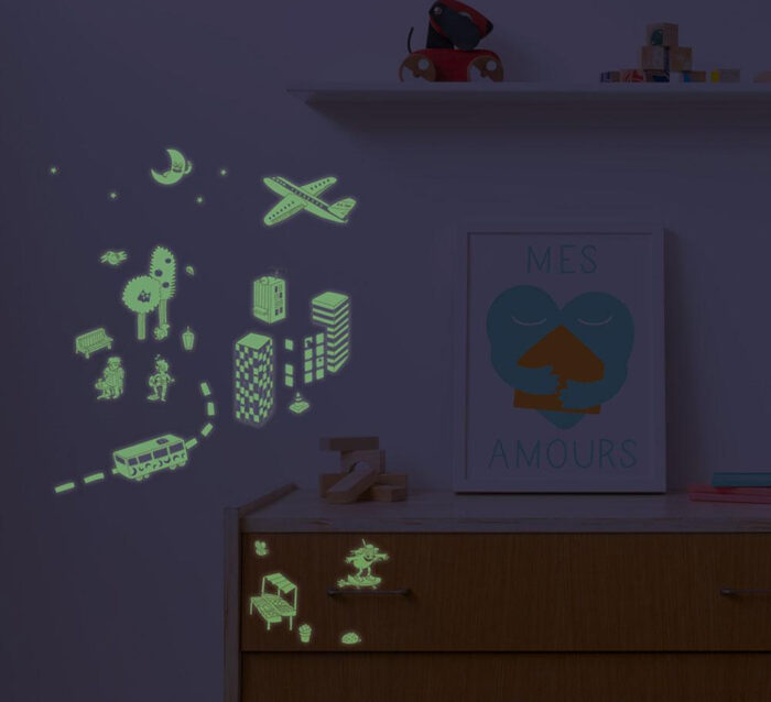 OMY City - 100 Repositionable Glow in the Dark Stickers