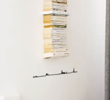 THE LINE Brussels skyline outline – Wall Silhouette 50 cm